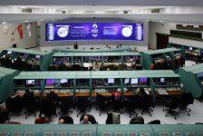 BORSA-İç siyasi belirsizlik ve yeni kabinede ekonomi yönetiminde kimin olacağına dair endişelerle BIST-100 haftaya %1.04 düşüşle başladı