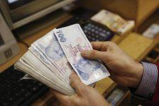 BONO&FX-Ankara saldırısı sonrası haftaya sınırlı yükselişle başlayan dolar/TL, dar bantta hareket etti