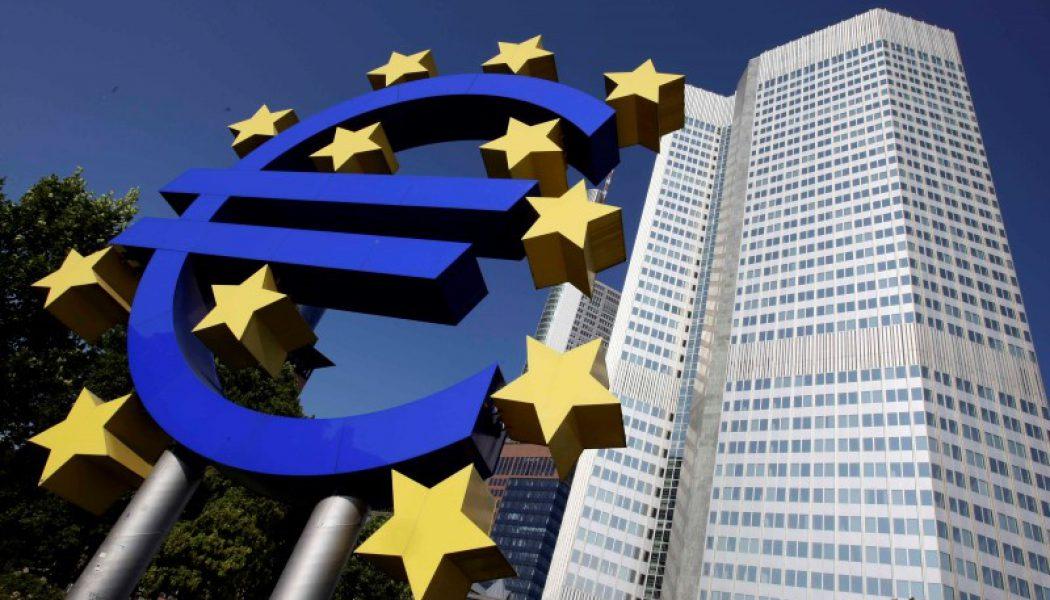 Schengen sisteminin çökmesi euro bölgesinin sorunlarından daha çok zarar verir-İtalya ekonomi bakanı
