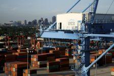 Euro Bölgesi ticaret dengesi tahmin edilen rakam 22,5B gerçek rakam 28,6B
