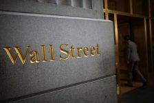 ABD piyasaları Fed yetkililerinin konuşması öncesi düşüşte