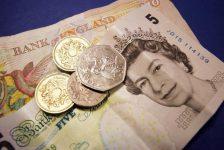 İngiltere'de ÜFE girişi tahmin edilen rakam 1,1% gerçek rakam 0,9%