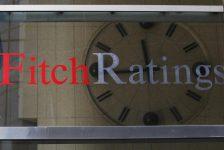 Fitch, Credit Suisse'nin Notunu Düşürdü
