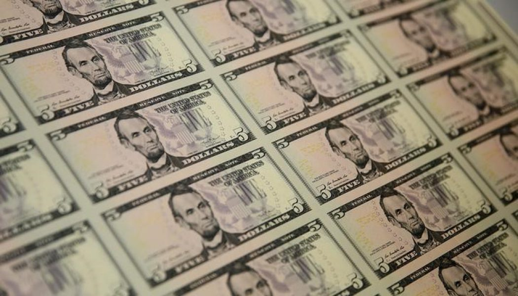 Amerikan doları sekiz ayın en düşük seviyesinden destek buldu