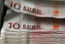 Forex – Euro, ECB toplantısı öncesi değer kaybetti