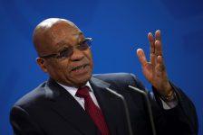 """Güney Afrika Devlet Başkanı Zuma, maliye bakanıyla """"savaşta"""" olmadığını söyledi"""