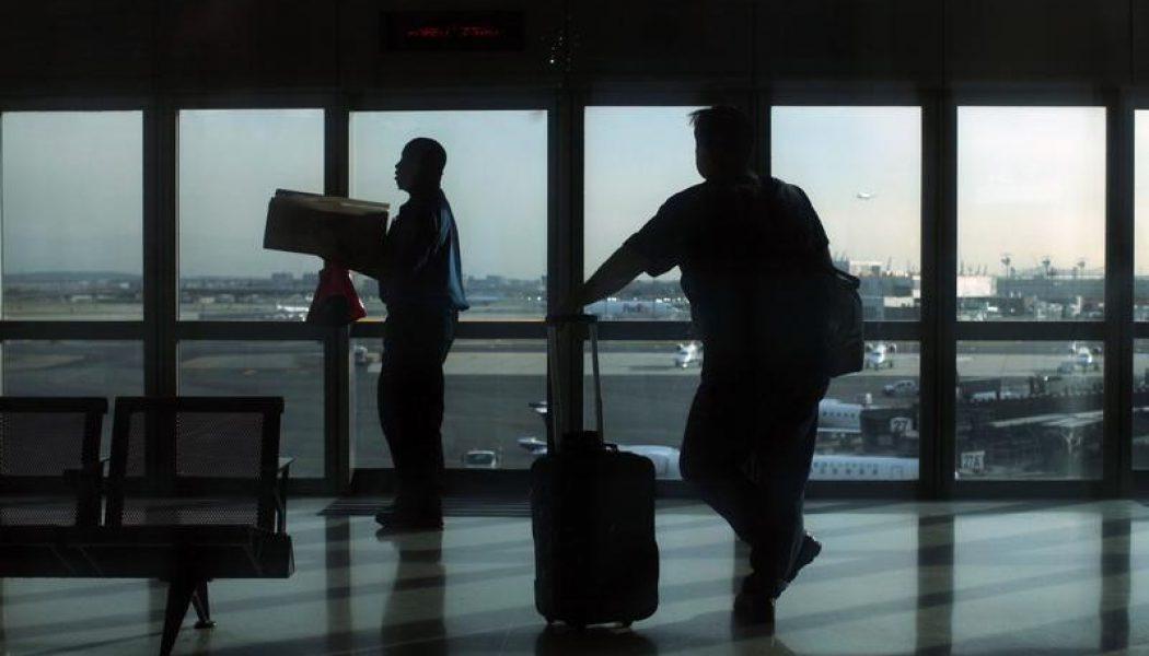 YENİLEME 1-THY uçağındaki bomba ihbarı asılsız çıktı, yolcular yeni bir uçakla gönderiliyor -THY yetkilisi