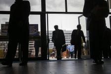 Başbakan yardımcılarının görev dağılımı para ve mali piyasaların daha etkin koordinasyonu yönünde;buna ikili yapı denmemeli-Cumhurbaşkanlığı Ertem/TV