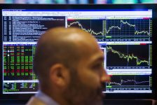 Hollanda piyasaları kapanışta düştü; AEX 0,88% değer kaybetti