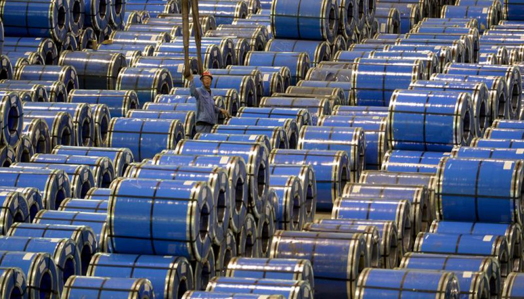 Çin çelik imalat sektöründe kapasite fazlasının giderilemediğini kabul ediyor