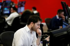 Danimarka piyasaları kapanışta düştü; OMX Copenhagen 20 0,05% değer kaybetti