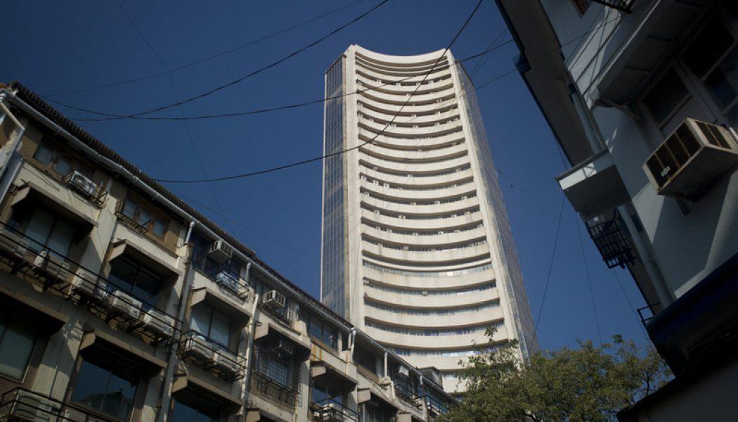 Hindistan piyasaları kapanışta yükseldi; Nifty 50 2,40% değer kazandı