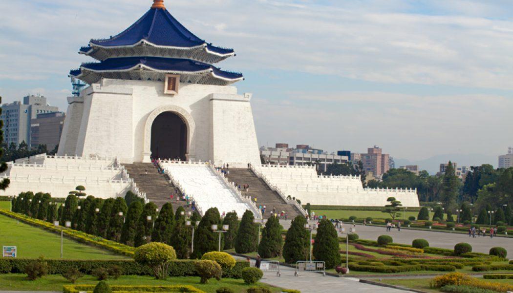Tayvan piyasaları kapanışta yükseldi; Taiwan Weighted 0,24% değer kazandı