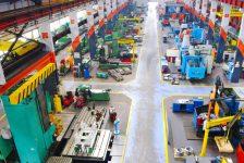 ABD'de sanayi üretimi Nisan ayında beklenenden fazla arttı