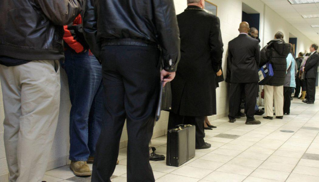 ABD'de işsizlik haklarından yararlanma başvuruları 10 bin azaldı