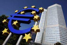 Euro bölgesinde hizmetler PMI Mayıs'ta nihai 53.3 ile beklentilerin üzerinde