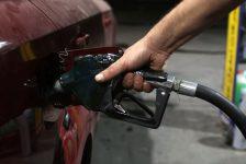 A.B.D. Benzin Stokları tahmin edilen rakam -0,157M gerçek rakam -1,492M