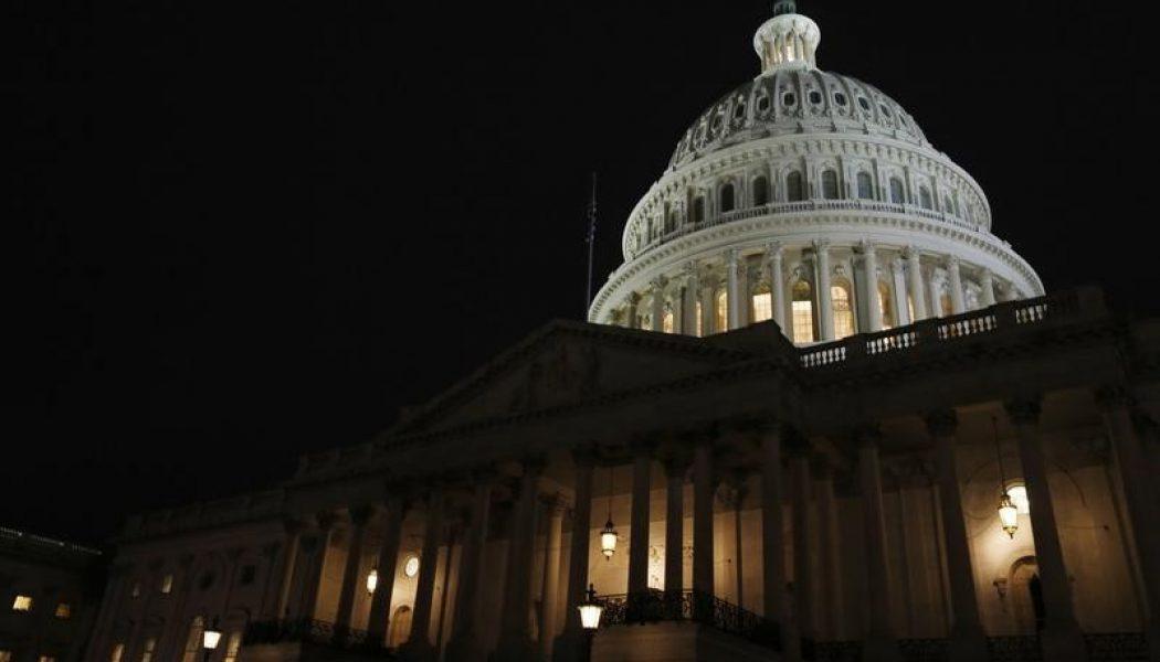 ABD federal bütçe dengesi tahmin edilen rakam -60,0B gerçek rakam -53,0B