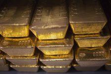 Altın vadeli işlemleri 2 haftanın en yüksek seviyesinden geriledi
