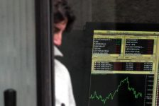 İtalya piyasaları kapanışta düştü; Investing.com İtalya 40 1,26% değer kaybetti