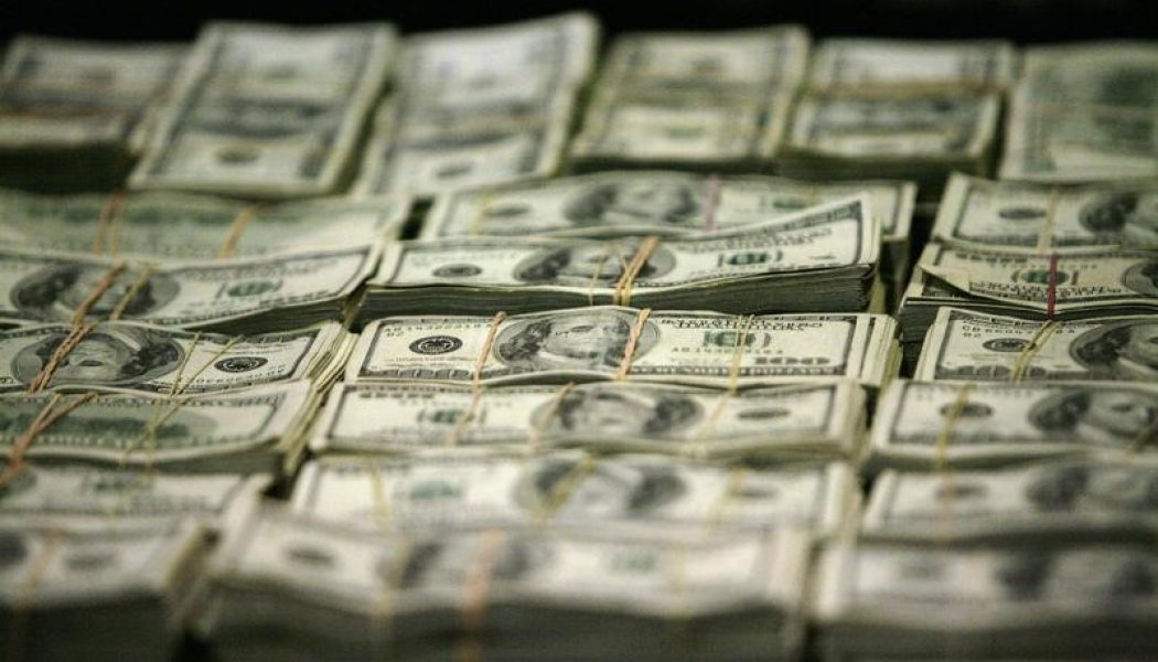 Amerikan doları, ABD'den gelen verilerle yükseldi
