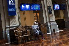 İspanya piyasaları kapanışta düştü; IBEX 35 0,71% değer kaybetti