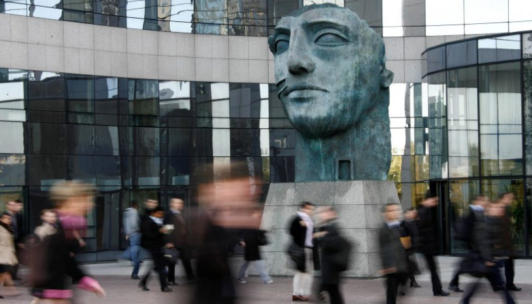 Fransız Hizmetler PMI tahmin edilen rakam 51,8 gerçek rakam 51,6