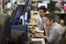Hollanda piyasaları kapanışta düştü; AEX 2,32% değer kaybetti