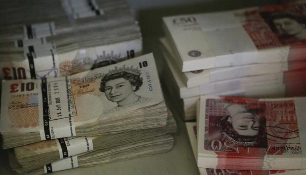 Forex – Sterlin, İngiltere'den gelen veriler sonrası değer kaybetti