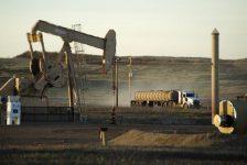 Petrol fiyatları Cuma günkü düşüşün ardından destek buldu