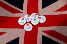 Brexit kaygıları sterlin üzerinde baskı oluşturuyor