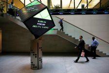 Birleşik Krallık piyasaları kapanışta yükseldi; Investing.com Birleşik Krallık 100 0,17% değer kazandı