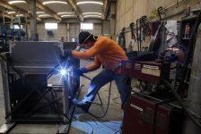 İngiltere'de sanayi üretimi Beklenen: 0,4% gerçek rakam -0,1%