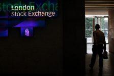 Birleşik Krallık piyasaları kapanışta yükseldi; Investing.com Birleşik Krallık 100 0,80% değer kazandı