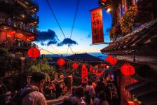Tayvan piyasaları kapanışta düştü; Taiwan Weighted 0,60% değer kaybetti