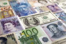 PİYASALAR-Dolar/TL 3.53 civarında, euro/TL tarihi zirveye yakın; Tüpraş hisseleri güçlü bilanço sonrası BIST-100'e destek verebilir