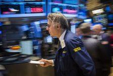 ABD piyasaları Fed tutanakları öncesinde yüksek açıldı