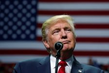 """Trump borçlanma tavanı """"kargaşası"""" nedeniyle partisini suçladı"""