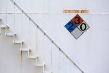 Ham petrol fiyatları sürpriz stok artışıyla birlikte değer kaybetti