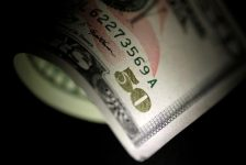 Forex – Dolar, piyasa volatilitesi azaldıkça yükselişe geçiyor