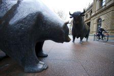 Almanya piyasaları kapanışta düştü; DAX 0,37% değer kaybetti