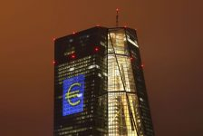 Avrupa Merkez Bankası tutanakları güçlü euro karşısında endişeli