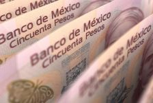 Gelişmekte olan ülke borsaları ve Meksika pesosu Trump'ın NAFTA ve sınır duvarı açıklamalarının etkisiyle hız kaybediyor