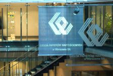 Polonya piyasaları kapanışta yükseldi; WIG30 0,95% değer kazandı