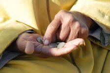 Dört Kişilik Bir Ailenin Yoksulluk Sınırı 4.901,42 TL Oldu
