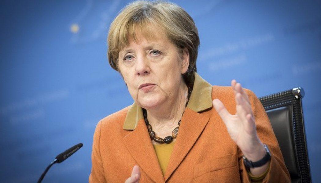 Merkel: Türkiye ile Yeniden Uyum Sağlama Yönünde Adım Atılacağız