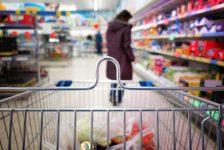 İstanbul'da perakende fiyatlar Temmuz'da %0.2 arttı; giyim harcamaları %2.96, gıda %0.67 azaldı