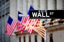 ABD piyasaları kapanışta karıştı; Dow Jones Industrial Average 0,13% değer kazandı