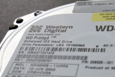 Toshiba Western Digital'in hafıza çipi birimi için verdiği yeni satın alma teklifi hakkında karara varamadı-Kaynaklar